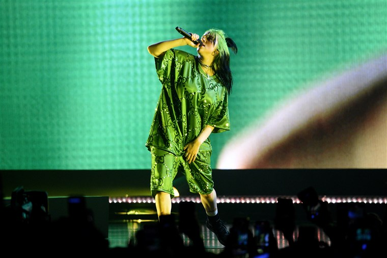 Billie Eilish Protests Against Body Shaming In Her New Video